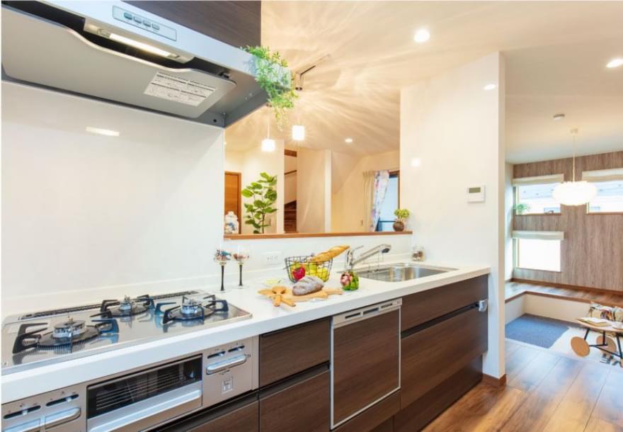 掃除しやすく機能性が高いキッチン
